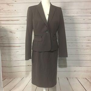 CALVIN KLEIN 6 Stretch Brown Skirt Suit Winter